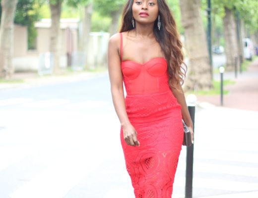 linaose blogeuse mode, blogueuse, les meilleures blogeuses, les blogueuse parisiennes, robe rouge bandeau,