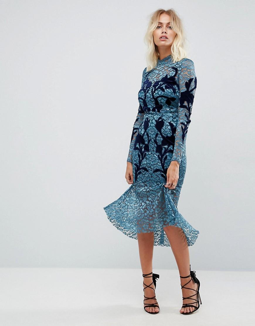 Quelle robe moulante pour les fêtes de fin d'année?