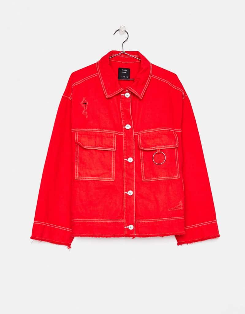 Modèle de vestes en jean rouge