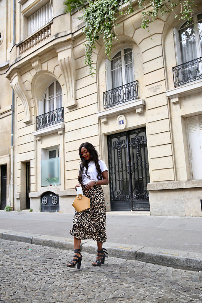 e4968b4e2 How to wear the leopard print ? The summer trend