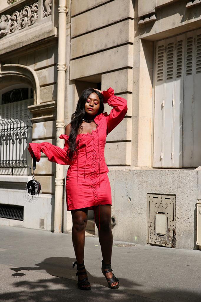 Blog mode une petite robe d'été à lacets